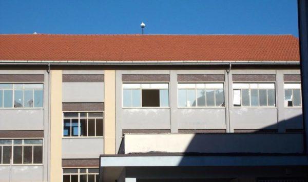Istituto tecnico de nino morandi a rischio con le finestre aperte - Antifurto finestre aperte ...