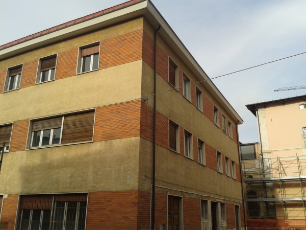 Esagerando le condizioni della casa del pene ron jeremy - Prima casa condizioni ...