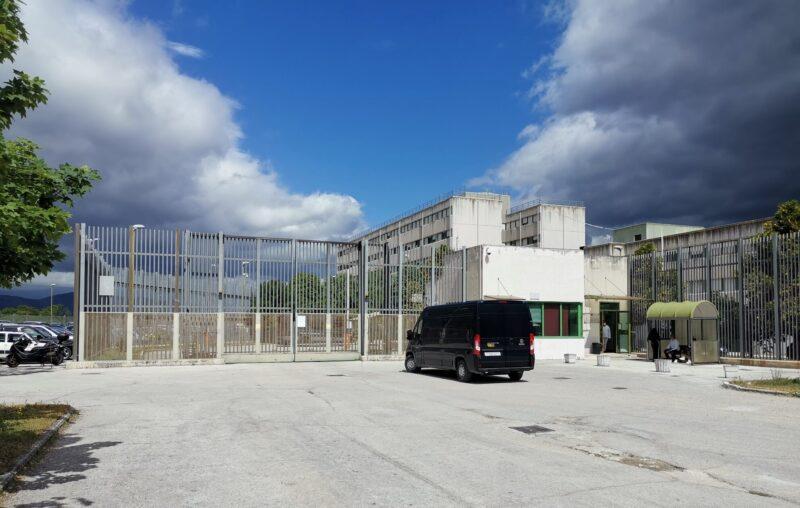 AGENTE DISTACCATO IN SCUOLA DI FORMAZIONE, ESPLODE LA PROTESTA DEI SINDACATI PENITENZIARI